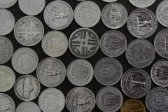 Mesa Monedas 06